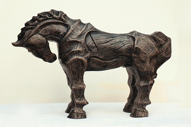 Wide variety of sculptures to decorate your living spaces banner image
