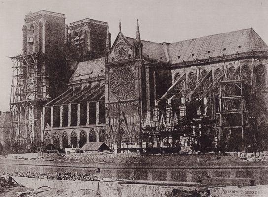 Notre-Dame de Paris at the end of the 19th century. Creative Commons.