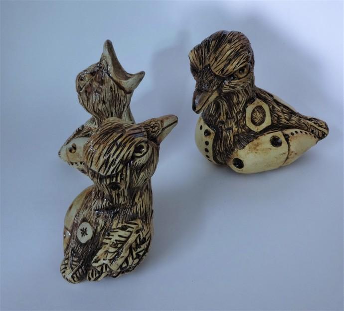 Momma? Momma?! MOMMA!!!!! by Christina Banerjee, Art Deco Sculpture   3D, Ceramic, Beige color