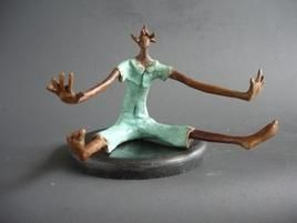 Fallen-VII by Shanta Samant, Expressionism Sculpture | 3D, Bronze, Gray color