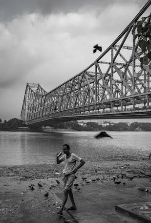 Morning in Howrah by SRIJAN NANDAN, Image Photography, Digital Print on Archival Paper,