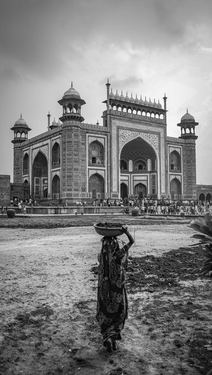 Love and Labour- Taj Mahal by SRIJAN NANDAN, Image Photography, Digital Print on Archival Paper,