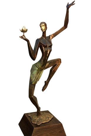 Beaty and Grace by Shashi Paul, Art Deco Sculpture | 3D, Bronze, Black Marlin color