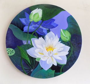White lotus in he round 1 by Vishwajyoti Mohrhoff, Illustration Painting, Acrylic on Canvas, Silver color