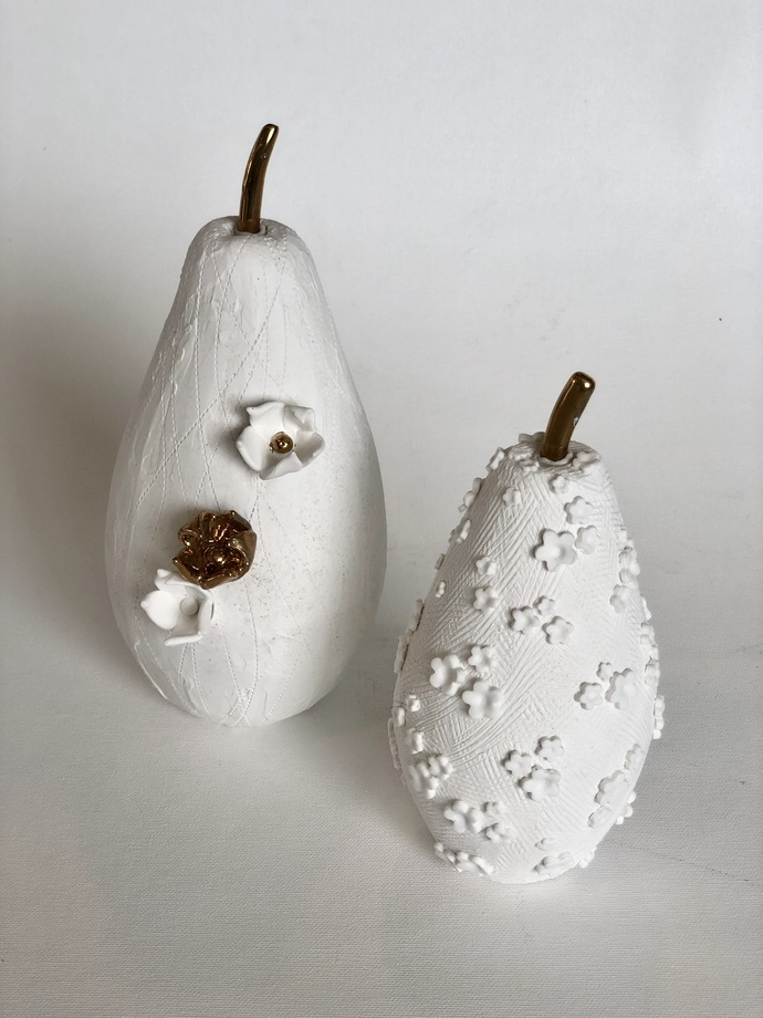 Fruit the womb of creation - Flowers cut by Shweta Mansingka, Art Deco Sculpture | 3D, Ceramic, Gray Nickel color